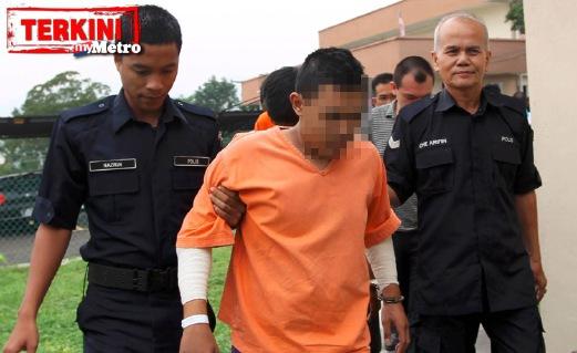KLUANG 15 September 2015. Seorang juvana didakwa atas tuduhan membunuh mendiang Asisten Superintendan Margaret Tagum Goen dalam sekatan jalan raya pada 6 September lalu di Mahkamah Majistret Kluang. NSTP/Zulkarnain Ahmad Tajuddin